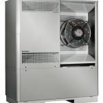 Zwei elektronisch geregelte EC-3D-Radiallüfter reduzieren bei der LA 60TU den Stromverbrauch in der Teillast und tragen somit zur Steigerung der Energieeffizienz bei.