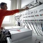 Qualitaetskontrolle Inverter | Funktionspruefung eines Wechselrichters