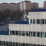 Auf den Terrassen des Laborgebäudes wurden drei Multi-Hybrid-Kollektoren PT-M1250/140 installiert.